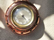 VINTAGE LECELLIER VILLEDIEU COPPER PAN & WORKING WIND UP SCOUT CLOCK WOOD HANDLE